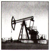 The mechanized extraction of petroleum
